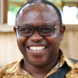 Ernest Muanda Assistant Technique Agronome Apicole